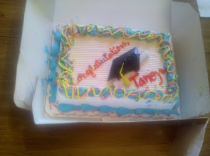 Photo: Went to my friend's house Friday night and they had an ice cream cake!