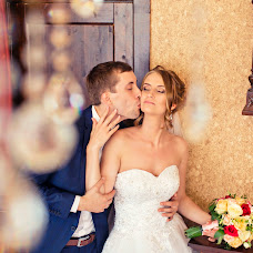 Wedding photographer Maksim Chekushkin (MaximChek). Photo of 04.01.2016