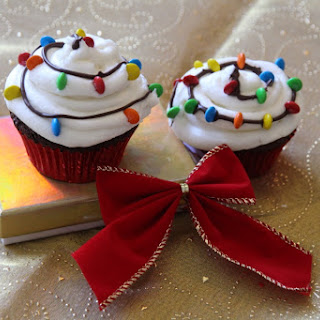 Christmas Light Cupcakes.
