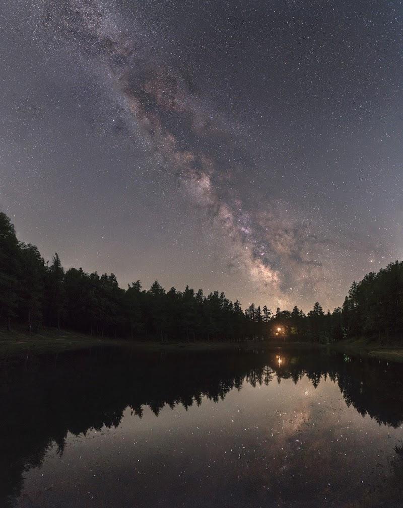 Galassia al lago della Ninfa di luca_fornaciari