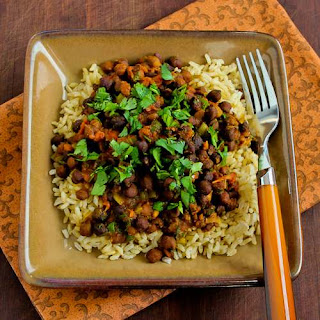 Slow Cooker Recipe for Vegan Black Garbanzo Bean Curry.