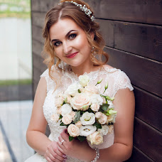 Wedding photographer Elena Astakhova (astahova1390). Photo of 03.08.2016