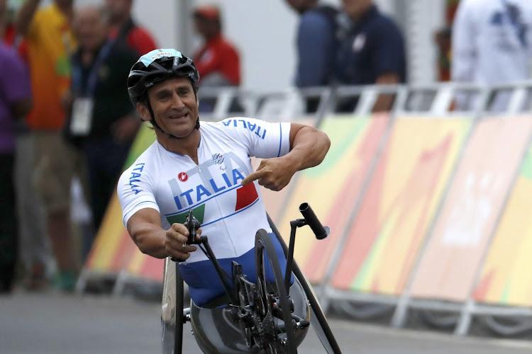 De man met meer levens dan een kat: Zanardi verlaat intensive care