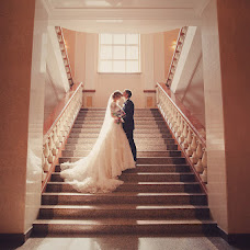 Wedding photographer Evgeniy Gladkov (GRANATstudiya). Photo of 02.12.2013