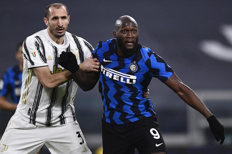 Romelu Lukaku scoort, maar verliest met Inter van Juventus na spannende wedstrijd