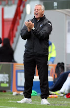 Photo: Hamilton Academical v Dunfermline Athletic Irn Bru First Division New Douglas Park 29 September 2012Jim Jefferies applauds his team(c) Craig Brown | StockPix.eu