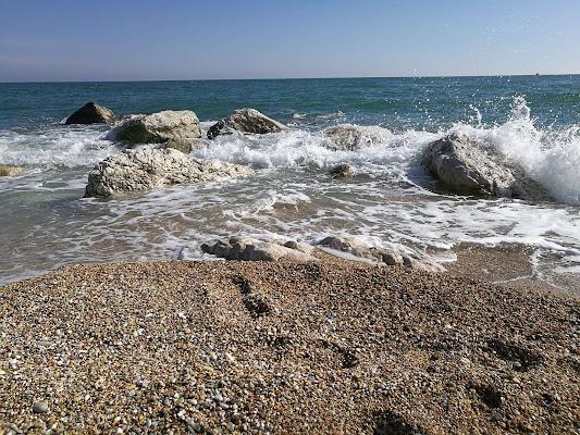 Solo pochi, ascoltano la musica del mare. di AlessiaC
