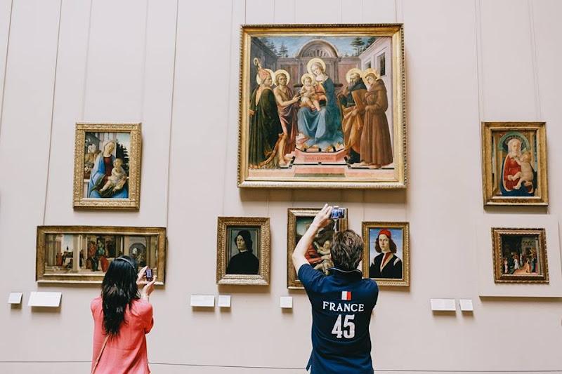 Museo del Louvre di Alessandro Castelli