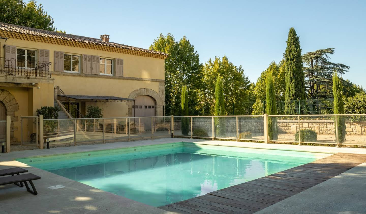 Property with pool and garden La Roque-d'Anthéron