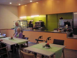 Photo: Freundliche Cafeteria