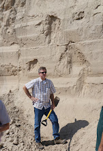 Photo: Loess deposits may become very thick; more than a hundred meters in areas of China and tens of meters in parts of the Midwestern United States. It generally occurs as a blanket deposit that covers areas of hundreds of square kilometers and tens of meters thick.