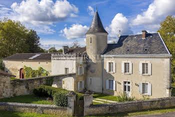 Château 7 pièces 530 m2