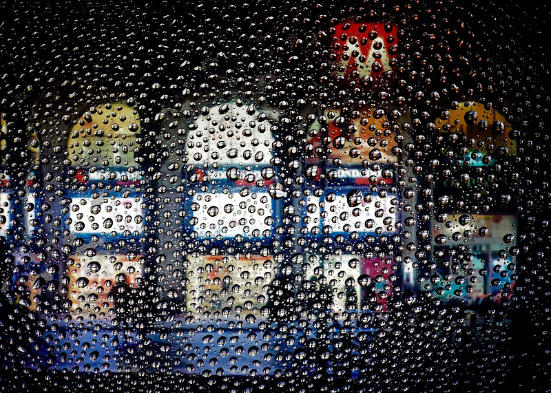 """""""...il pleut sur la ville..."""" di gaspare_aita"""