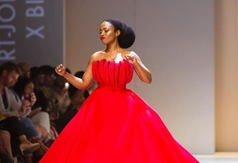 Nomzamo Mbatha showed off her dance moves on the runway at SAFW. Gown by Gert-Johan Coetzee.