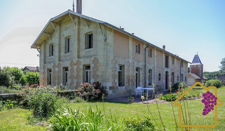 Château Bourg sur gironde