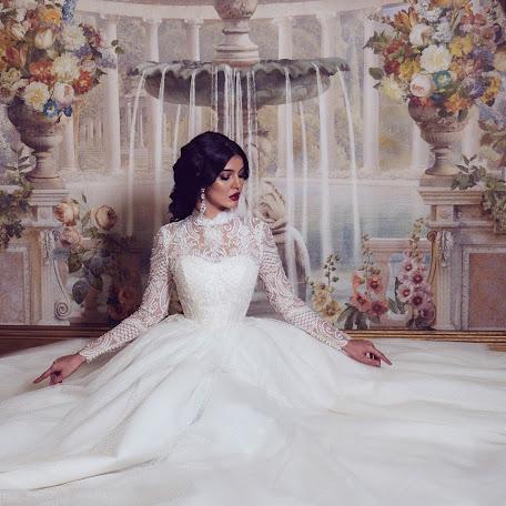 Wedding photographer Dzhamilya Damirova (jam94). Photo of 24.02.2018