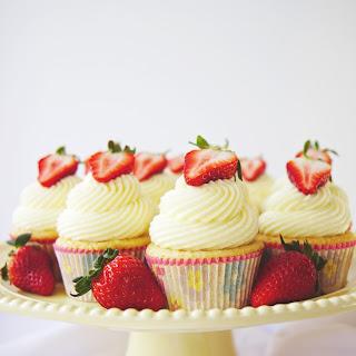 Double Coconut Vanilla Cupcakes Recipe