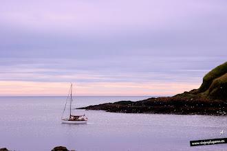 Photo: Puerto de Stonehaven en Escocia, caminamos hacia Dunnottar Castle por el camino de costa... Stonehaven, Escocia.
