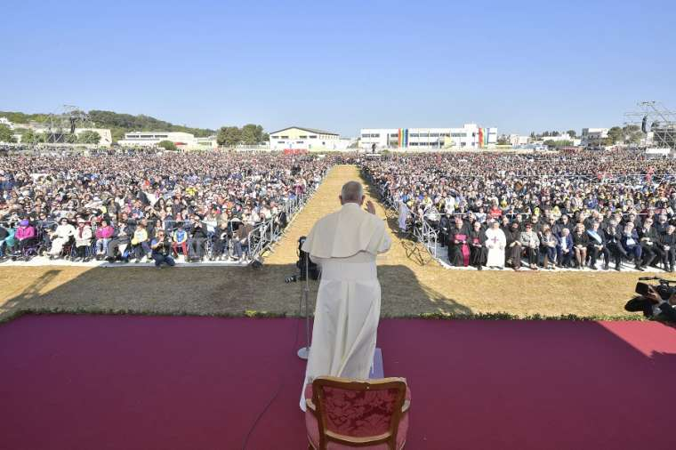 Huấn từ của Đức Thánh Cha Phanxico tại Alessano