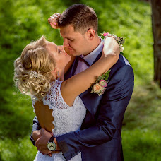 Wedding photographer Mikhail Bezdenezhnykh (Bezdeneg). Photo of 23.03.2016