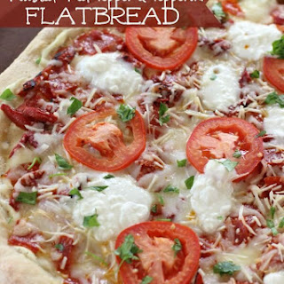 Roasted Red Pepper & Pepperoni Flatbread