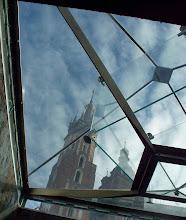 Photo: Widok z podziemia Rynku Gł. spod fontanny