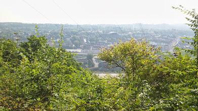 Photo: Sommer-Panorama von Altenhagen von der Philippshöhe aus, gesehen aus der Nähe der Hochspannungsleitung.