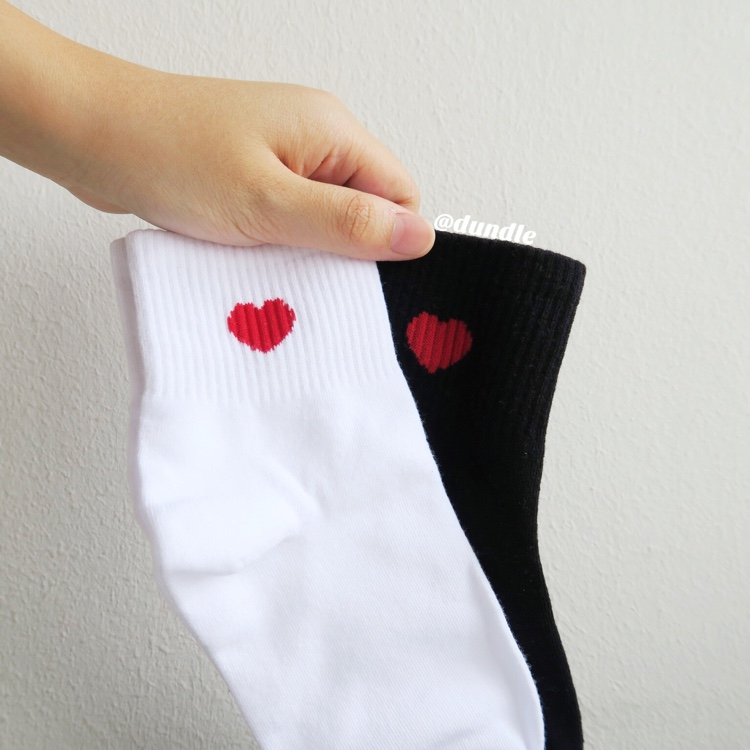 Heart Socks (White) by dundle