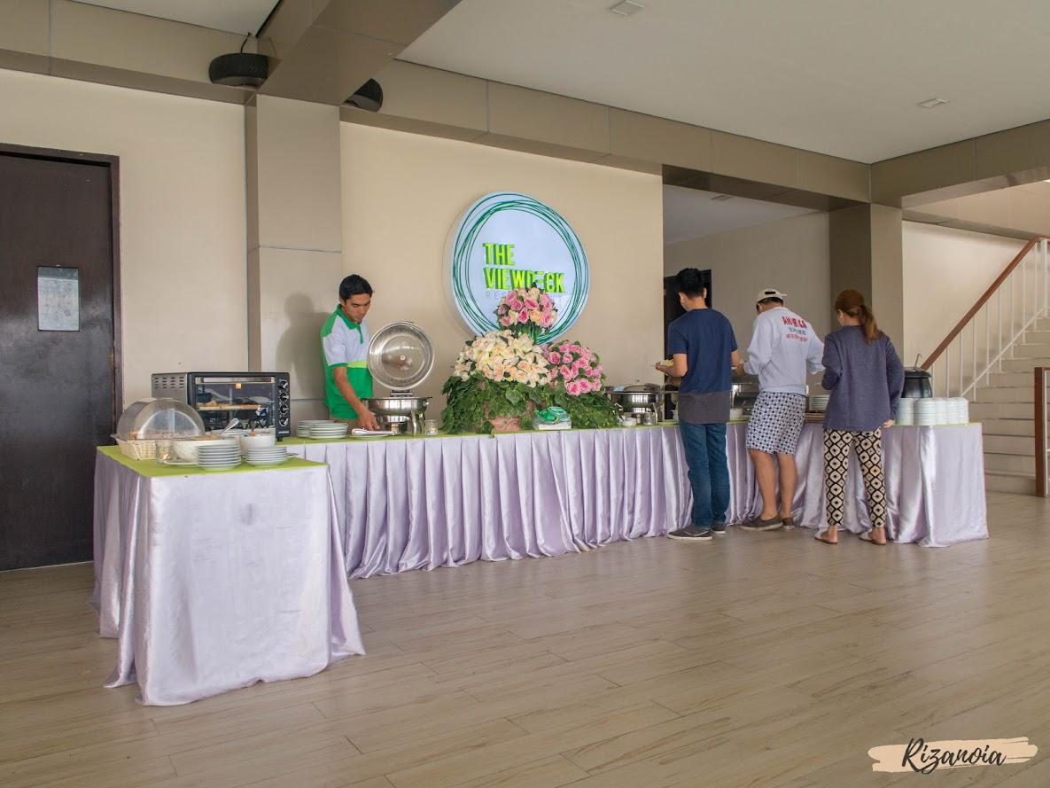 View Deck Restaurant in Pradera Verde
