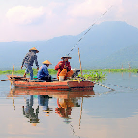 fishing by Ayah Adit Qunyit - News & Events World Events