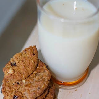 What is Rice Milk (& How to Make Rice Milk Recipe).