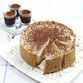 Frozen cheesecake with Baileys & chocolate