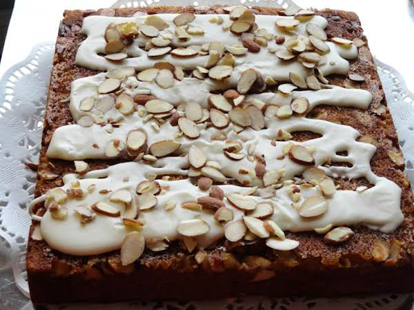 Almond-laced Banana Cake