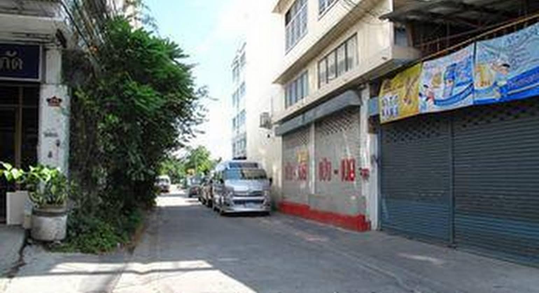 Sakun Place