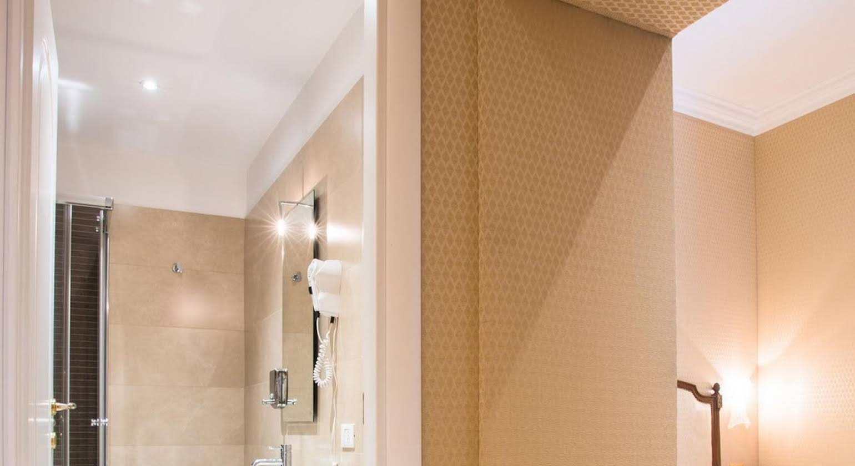 Trevi Luxury Rooms