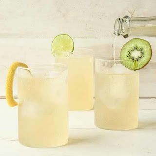 10 Best Tropical Fruit Alcoholic Drinks Recipes