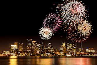 Photo: Fireworks over Boston Harbor, Boston, Maine, USA