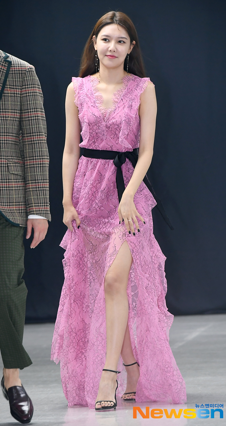 sooyoung gown 42