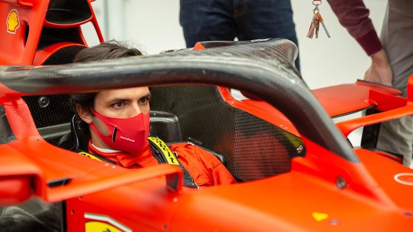 Carlos Sainz el viernes en las instalaciones de Ferrari