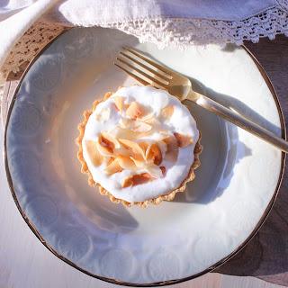 Coconut Cream Mini Pie