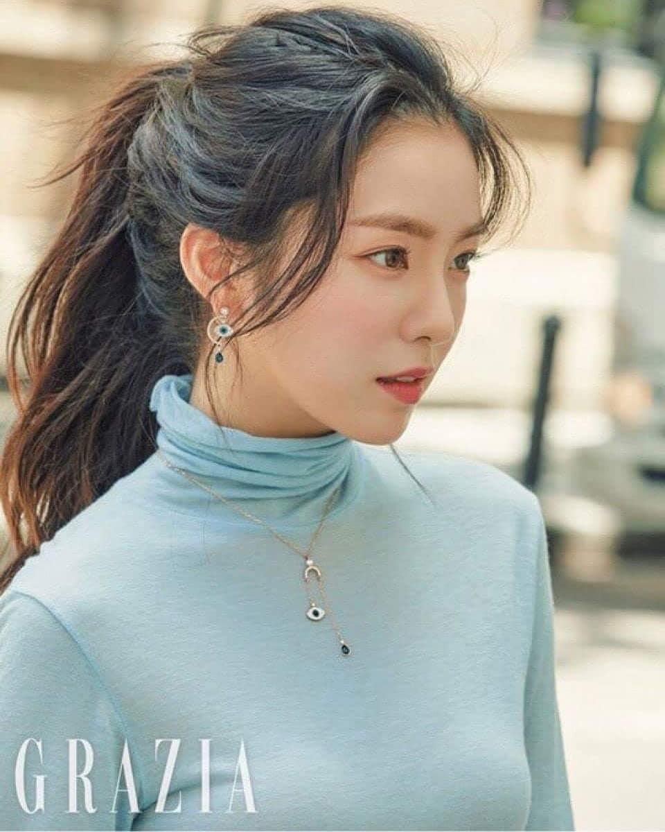 august 2018 brand rep female idol 8