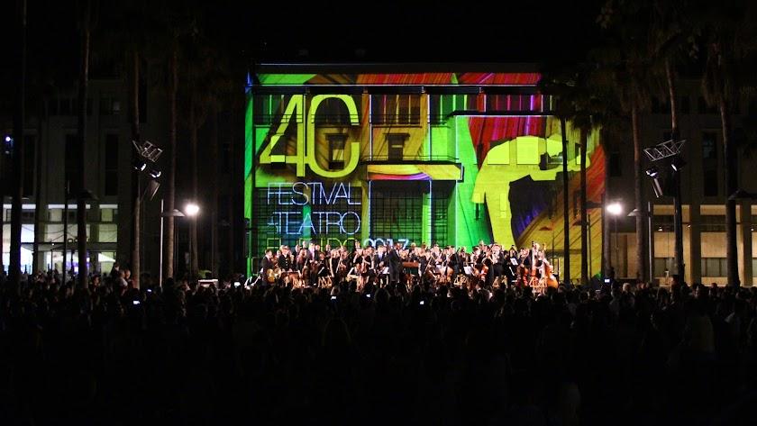 Una jornada histórica. El Festival de Teatro de El Ejido abre su 40ª edición