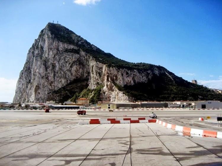 El Aeropuerto de Gibraltar contará con una empresa de vuelos turísticos en helicóptero