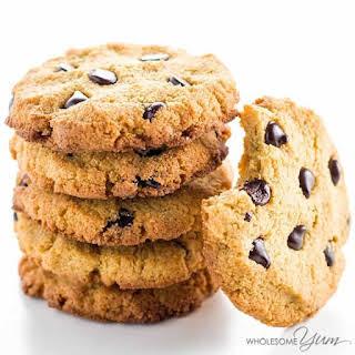 Sugar-free Low Carb Chocolate Chip Cookies (Paleo, Gluten-free).