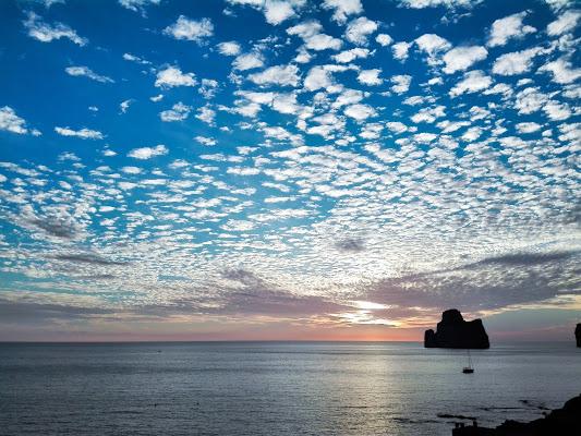 Di fronte al mare, la felicità è un'idea semplice. di mony29