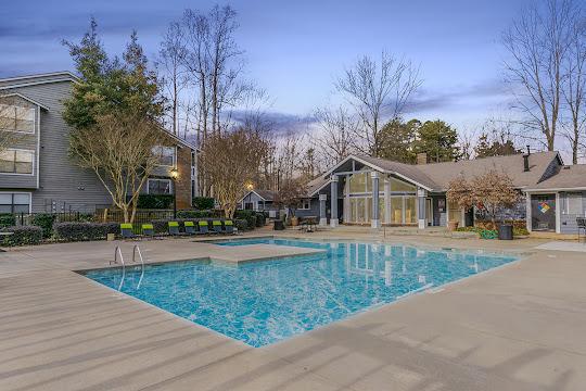 Wendover at River Oaks apartment swimming pool at dusk