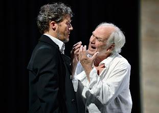 """Photo: WIEN/ Theater in der Josefstadt: """"VOR SONNENUNTERGANG"""" von Gerhard Hauptmann. Premiere 3.9.2015. Christian Nickel, Michael König. Copyright: Barbara Zeininger"""