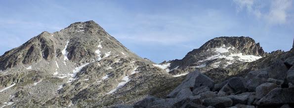 Photo: Ara sí!  L'Aragüells (3.044 m.) el Collado de Cregüeña (2.905 m.) i l'Aguja Juncadella (3.010 m.)