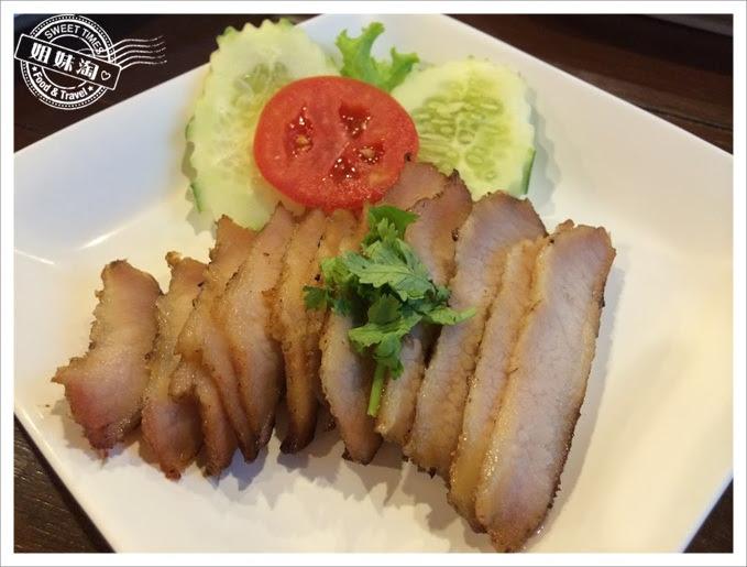 SOMTAM pork shoulder