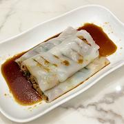 23. BBQ Pork Rice Noodle Roll 蜜汁叉燒腸